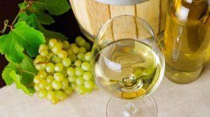 Белое вино - фото 1